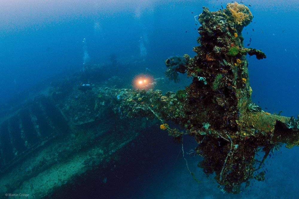 Truk Lagoon - Aft Mast of the Fujikawa